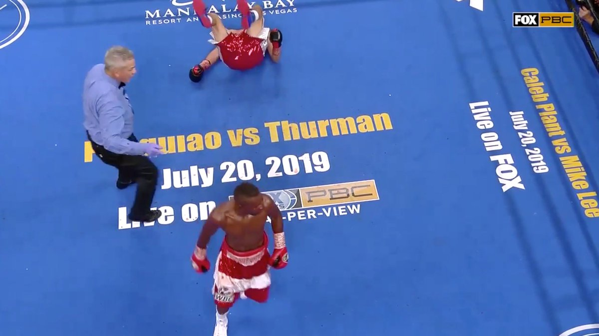 I like Rigo but this looks like a suspicious stoppage to me and he was also losing on all 3 scorecards 68-65, 68-65, 67-66.