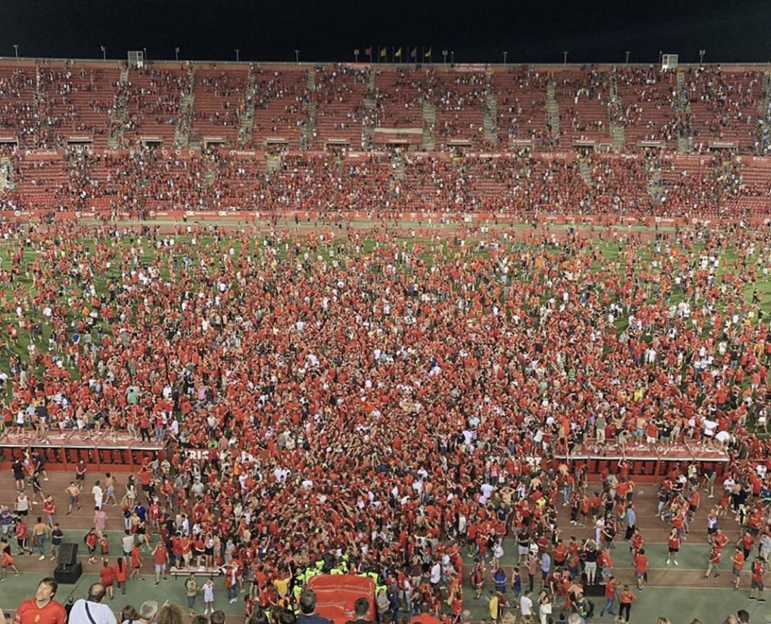 what an incredible day... hard to put into words, but couldn't be more proud this club @RCD_Mallorca . what an amazing season!! Congrats to the players, staff, and to the fans... you deserve this, thanks for believing! VAMOS ARRIBA - LA LIGA!!!