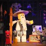 Image for the Tweet beginning: Enjoy the world of Lego