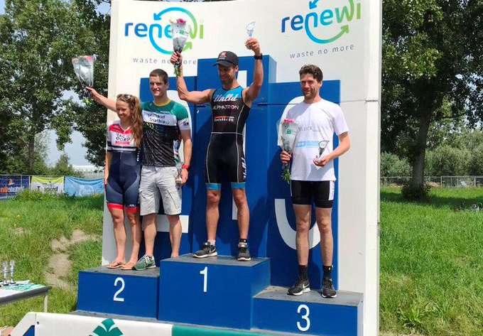 Christiaan Solleveld winnaar Westlandse triathlon https://t.co/ssHWxMu30O https://t.co/izYTz4My6m