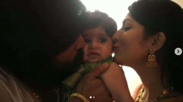 Official: #KGF star #Yash and #RadhikaPandit reveals their daughter name https://www.ntvtelugu.com/en/post/official-kgf-star-yash-and-radhika-pandit-reveals-their-daughter-name … #Ayra #AyraYash #KGF #KGFChapter2 #KGF2 #GodBlessAyra