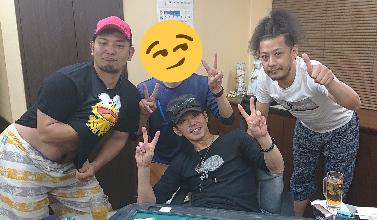 2002年6月23日。私の20歳の誕生日。テレビに映るは藤田伸二とダンツフレーム。 それから17年後の誕生日。まさか藤田伸二に遊んもらっているとは。。 ご縁とは有難いものですね☺️ 「第二の人生 お前らに囲まれて楽しい」 嬉しいお言葉です。伸二さん、こうじさん、イサオ氏、ありがとうございました😍