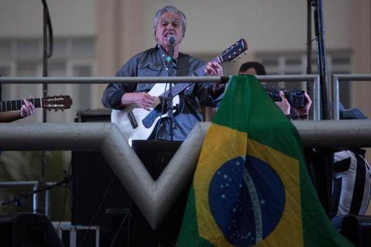 Top #Brazilian musicians join in calling for a new president #Brasil #Temer    (from @AP)
