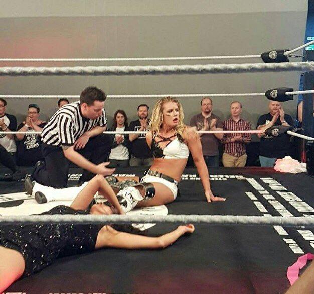 Toni Storm PROGRESS Women's Champion