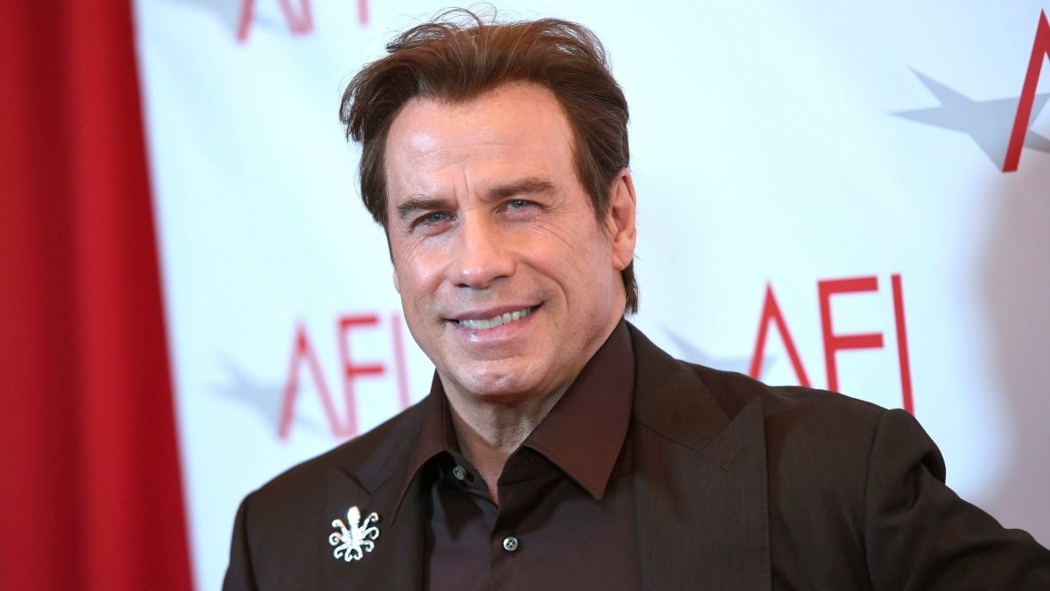 John Travolta donates plane to Australia aviation group https://t.co/H...