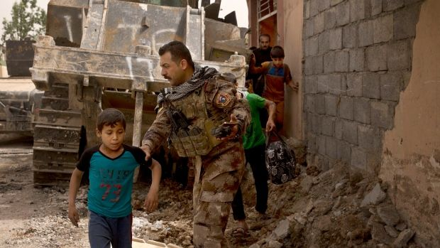 Civilians in 'grave danger' in final push against ISIS in Mosul https:...