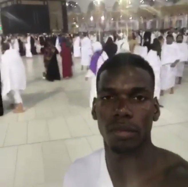#Pogba on #Mecca pilgrimage sends Ramadan greetings   https://www. nst.com.my/world/2017/05/ 243699/pogba-mecca-pilgrimage-sends-ramadan-greetings &nbsp; …  @paulpogba #ManchesterUnited<br>http://pic.twitter.com/sTiXQK39yv