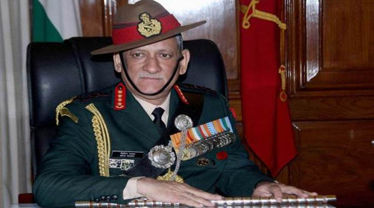 Indian army chief shows criminal leadership, backing as 'innovative' troops' use of Kashmir man as a human shield. https://t.co/majte50Fis