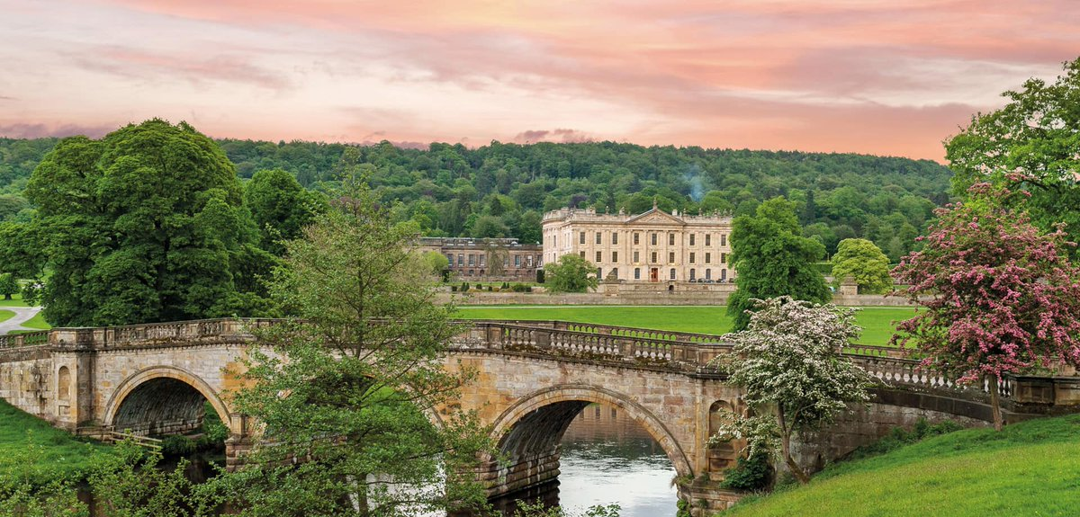 Can never get enough #PrideandPrejudice at the inspiring @ChatsworthHouse nestling in @vpdd on our @JAusten200 #tour in @VisitEngland<br>http://pic.twitter.com/gI7Sc5eceB