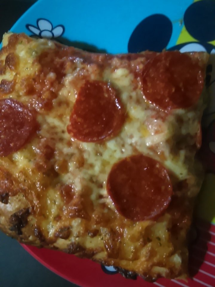Pizza break while spectating counselors  dying @Friday13thGame @girlstreamers  @TwitchKittens @GirlsOfTwitch #pizza <br>http://pic.twitter.com/wM2PiOGAfv