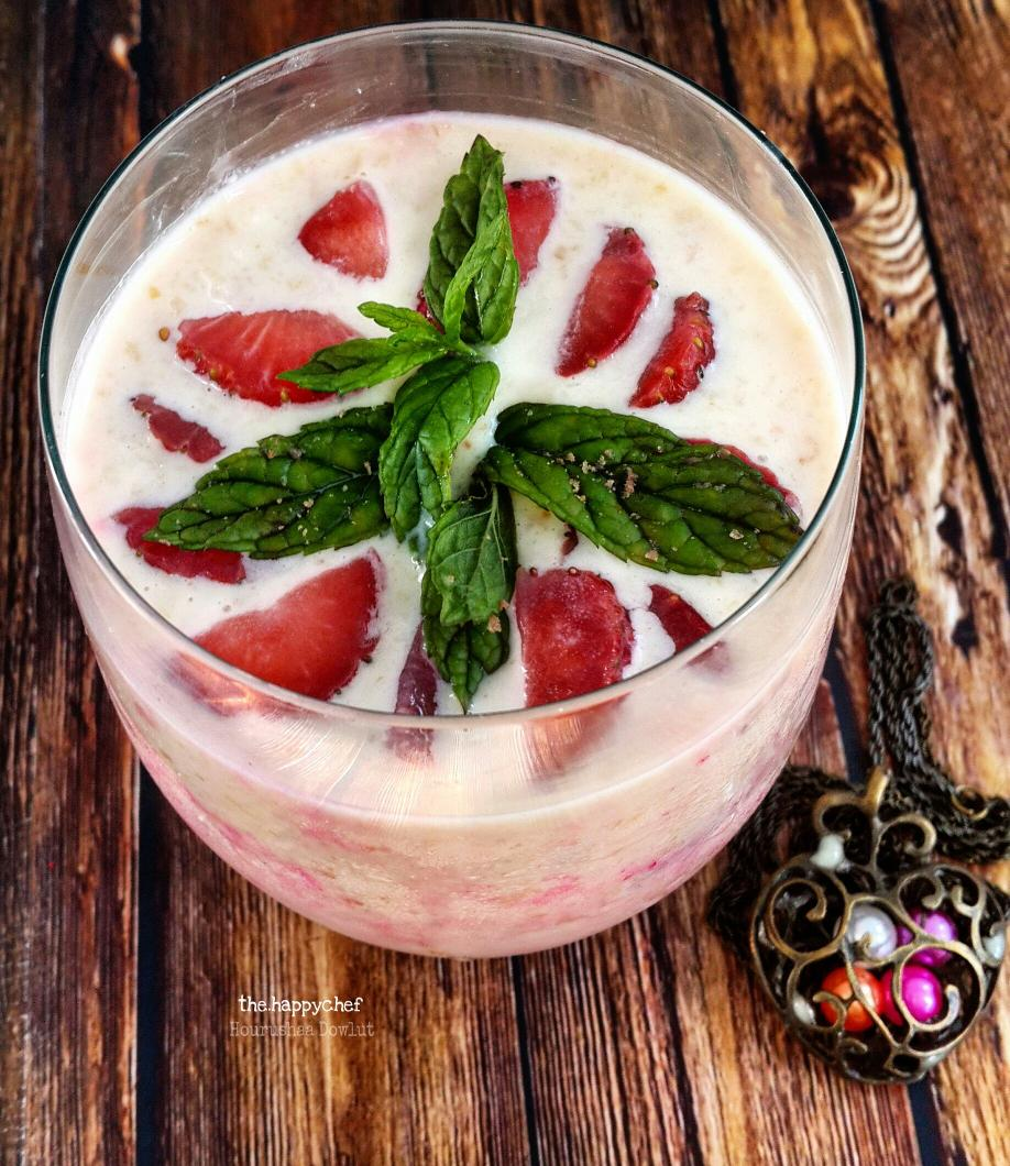 #happymothersday Make a dulcet for your mothers @Nestle cream with strawberries and rose jelly. Recipe in bio<br>http://pic.twitter.com/NR8Cc3fcKR