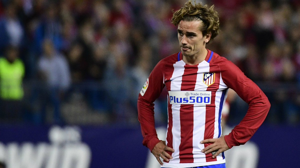 Antoine Griezmann scotches talk he has agreed terms with Manchester United. Via @skysports #footballplanetcom #antoinegriezmann #atletico <br>http://pic.twitter.com/PSn2KBQkO4