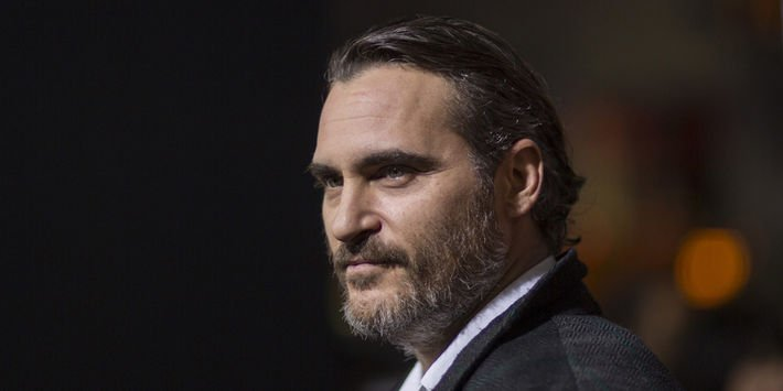 Joaquin Phoenix, dans la tête du tueur dans 'You were never really here' https://t.co/Do3HkMhIfK  par @StephBelpeche  #Cannes2017
