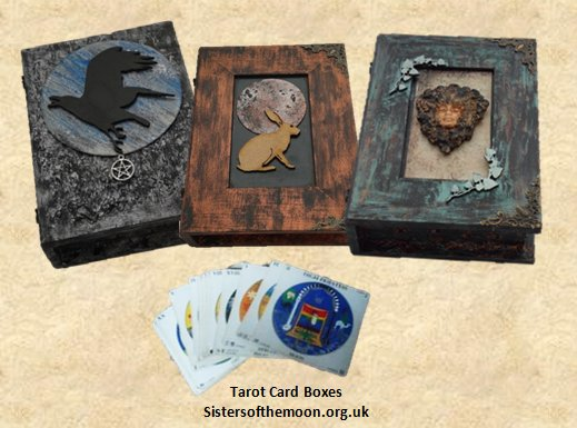 Which is your favourite Tarot deck? Keep it safe in one of these beautiful #Tarot #Card #Boxes by #Sisters  http:// bit.ly/2ovdHsu  &nbsp;   #TWDA<br>http://pic.twitter.com/EuimAHpHzb