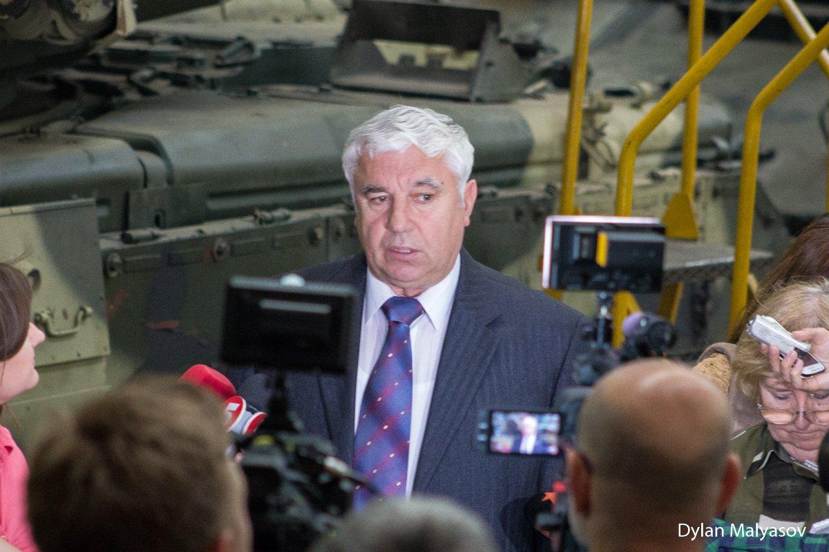 اوكرانيا تسلم تايلاند دبابات Oplot-M DA0p-gbW0AA-27Y