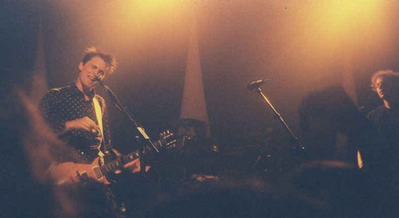 May 27 2000 #MuseHistory #LaVapeur #Dijon #France @Muse played a 16 song set w/mix of Showbiz &amp; OoS including Agitated/Ashamed/Minimum #Muse<br>http://pic.twitter.com/p8zEHXU4BZ