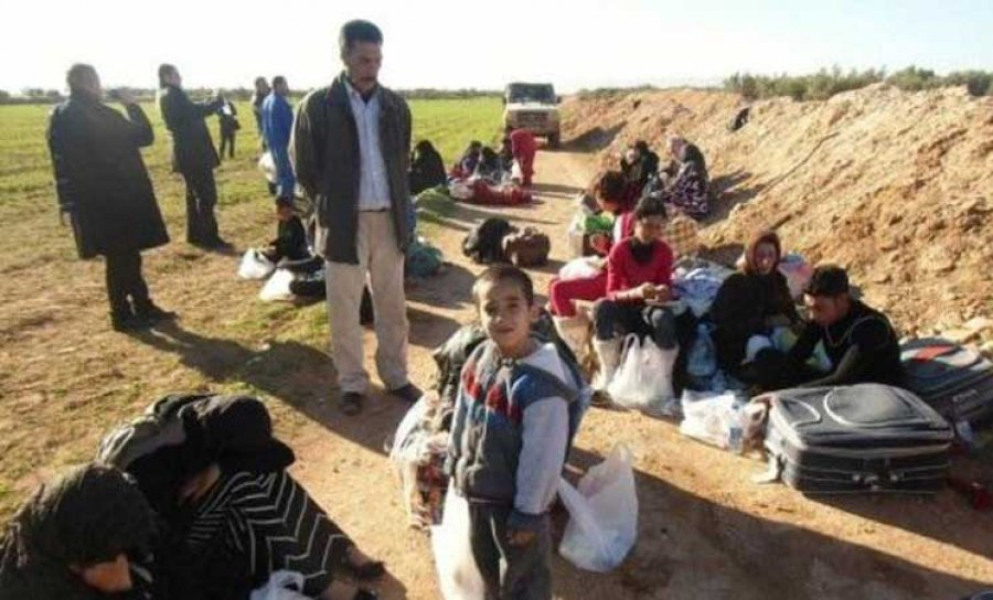 Rights Groups Denounce 'Catastrophic' Situation of #SyrianRefugees Stranded on #Algeria/#Morocco Borders  http:// ow.ly/eMGC30c5kNe  &nbsp;   #Syria<br>http://pic.twitter.com/RvxqssjKzv
