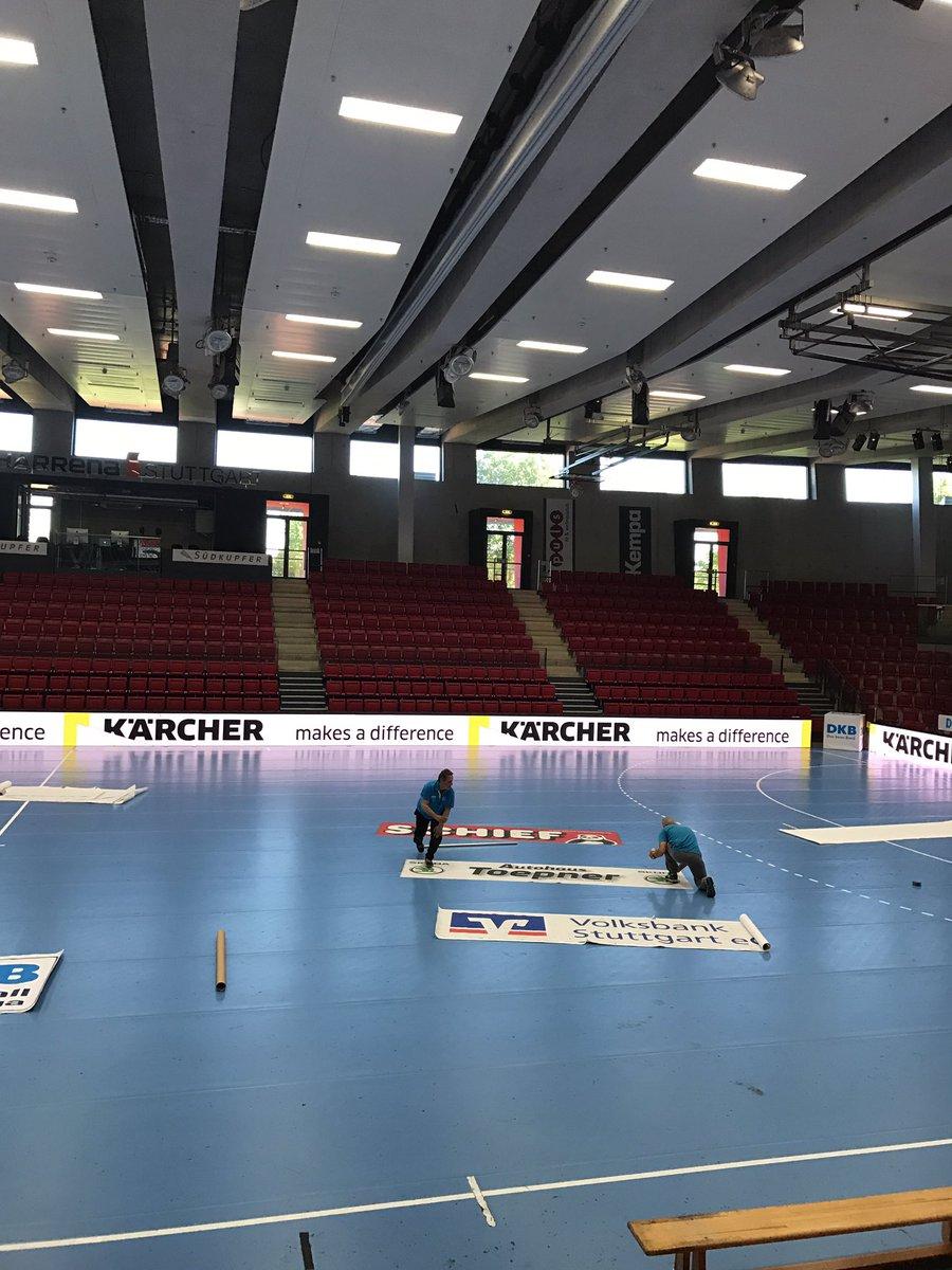 Der Boden ist fast fertigt gelegt. Ihr könnt kommen @FuechseBerlin 🤓 https://t.co/gBEqZRcAZq