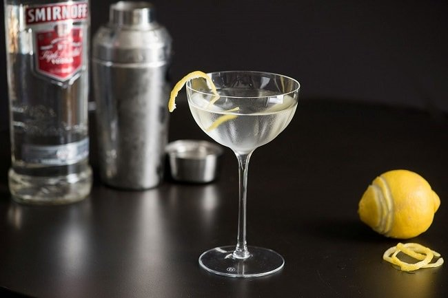 5 Cocktails with Cool Backstories https://t.co/9KEjrqcEe4 #Cocktails https://t.co/mU37FYqMvK