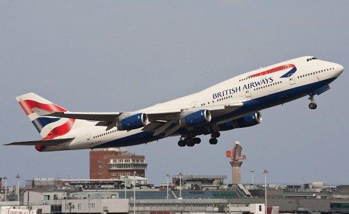 ✈️ #BritishAirways Les annulations sont dues à des pannes informatiques. /Via @cnnbrk