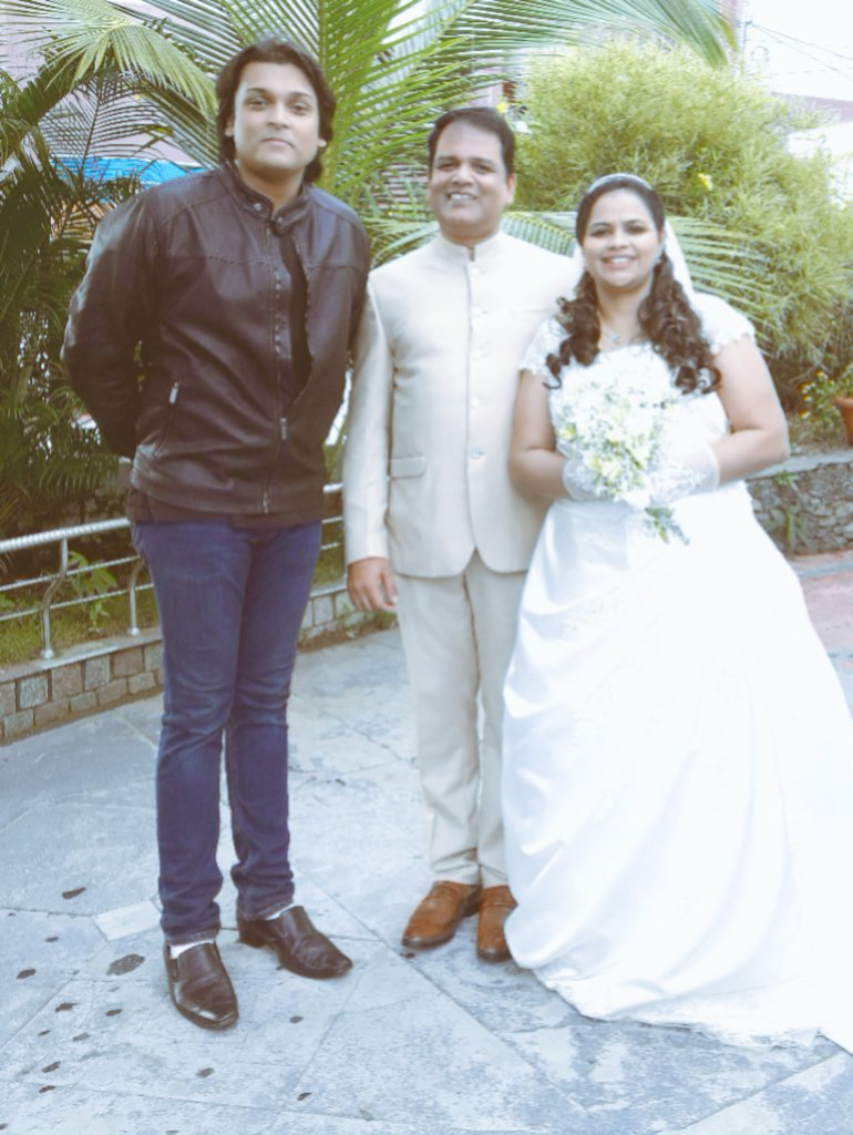 Rahul Easwar On Twitter With My Dear Sister Sindhu Joy Sri Santi Mon She Was 1 Of The Iconic Student Political Activists Marriage Wishes