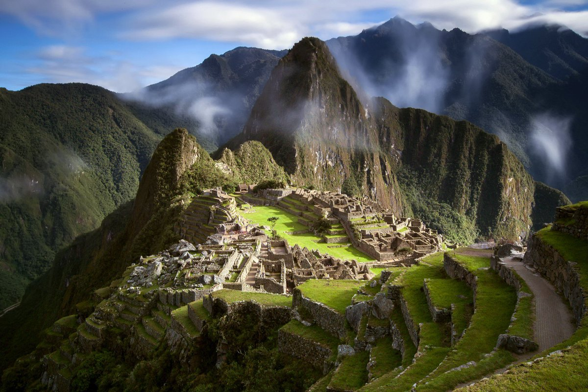 3 places that absolutely have to be on your bucket list this year @viajescrf  https:// goo.gl/t6Ttfu  &nbsp;   #art #travel #peru #lima<br>http://pic.twitter.com/BVoglvXHyJ