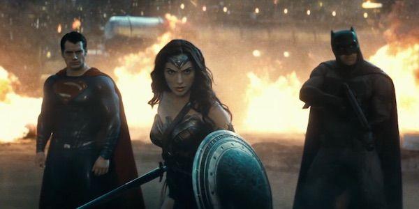 [Dossier] Pourquoi l'univers DC a-t-il du mal à s'imposer au cinéma ?  ⏩ https://t.co/3IAFBX50Sj