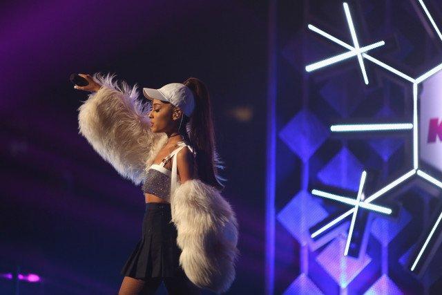 Ariana Grande announces Manchester benefit concert with heartfelt statement https://t.co/PweNI6YRVY https://t.co/VSwQAfDTKn