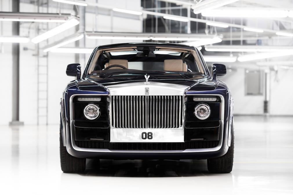 Rolls-Royce debuts its ONE-OFF £10 million Sweptail model! WOW   http:// Whipgo.com  &nbsp;     #rollsroyce #sweptail #autonews #auto <br>http://pic.twitter.com/DqKyCxyyo5