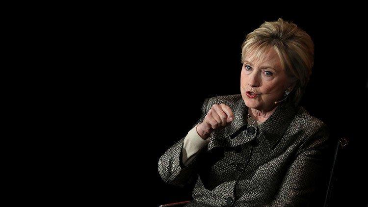 ActualidadRT: Hillary Clinton advierte d...