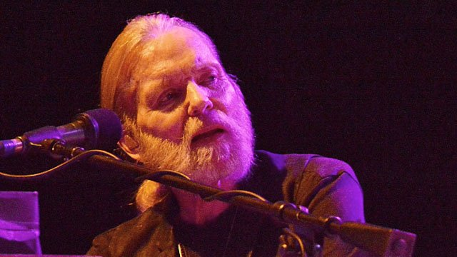 Rock and blues legend Gregg Allman has died at his home in Savannah, Georgia. https://t.co/yOmFzyFL79
