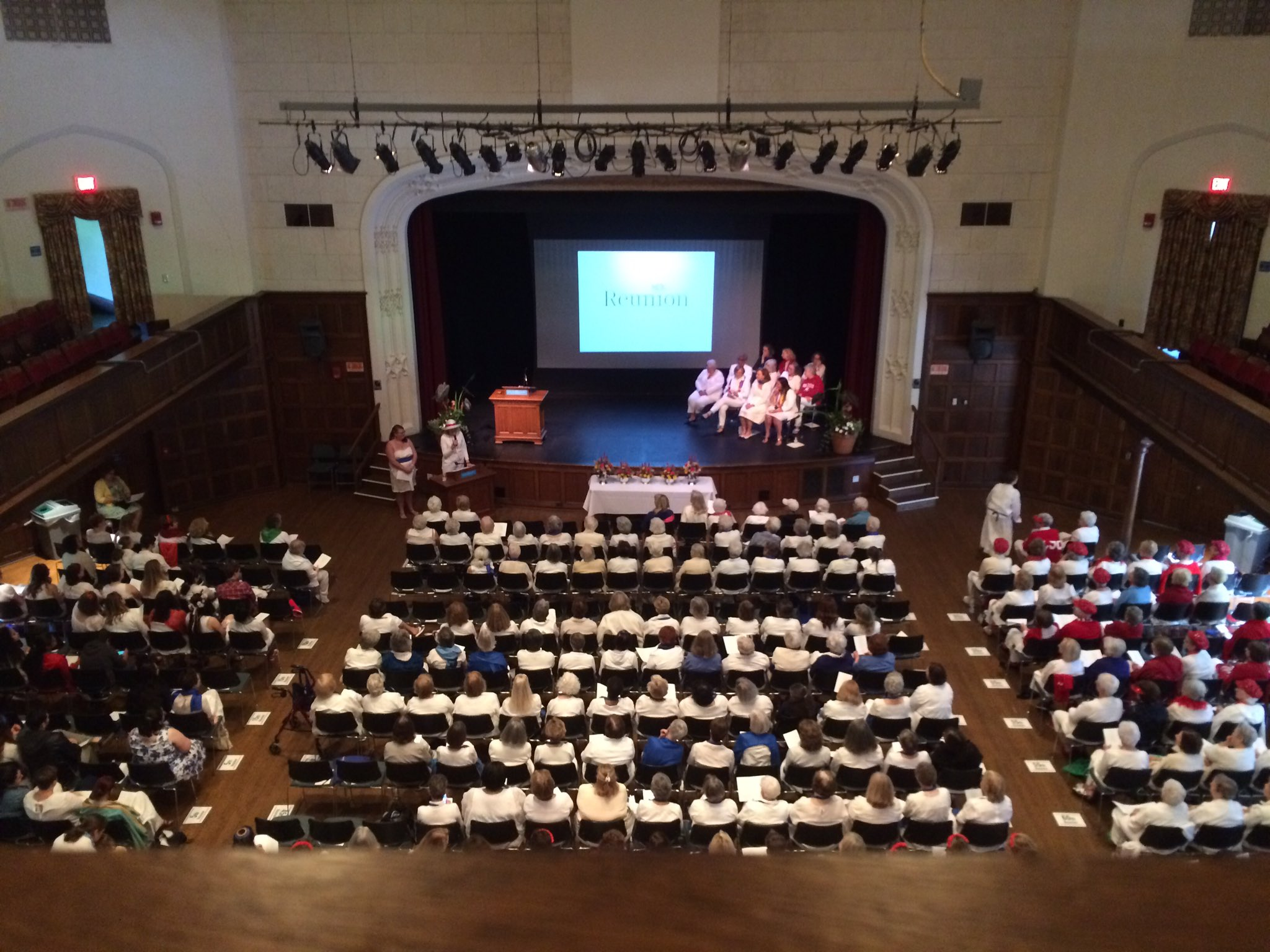 Class histories are being read at the Alumnae meeting in Chapin Auditorium. #MHCReunion https://t.co/ZRYrraMvyB