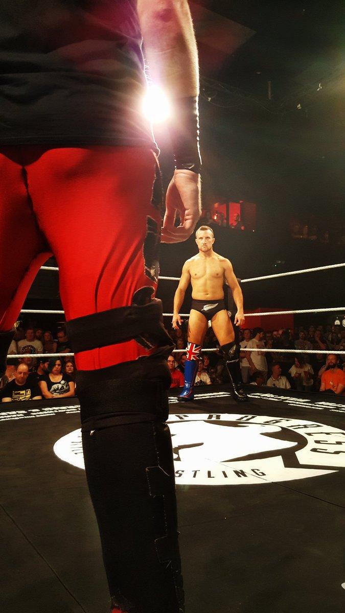 Resultados de Progress Wrestling Super Strong Style 16: Día 1 — Flamita sorprende al público británico 1