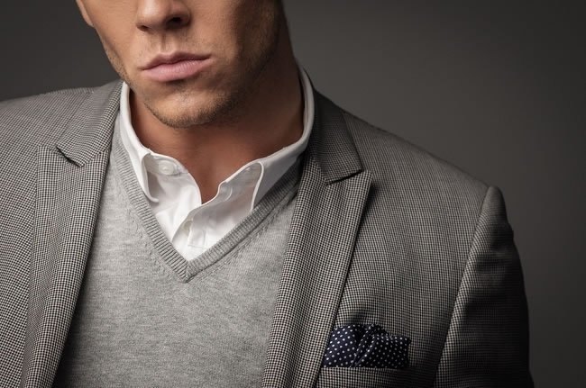10 Style Mistakes Men Should Avoid https://t.co/9SM5oqjtsH #Style https://t.co/LRy9bamXkU