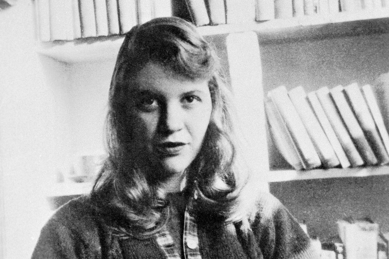 Two unseen Sylvia Plath poems have just been discovered https://t.co/g2Ple24J6e https://t.co/pQLWQr7uLf