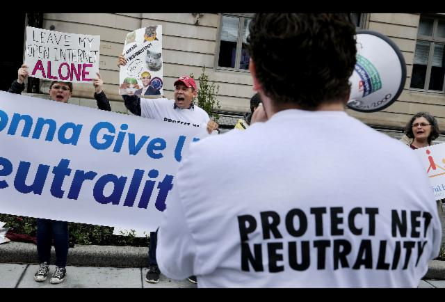 Victims Demand FCC Remove Fake Anti-Net Neutrality Comments  http://www. forbes.com/sites/tonybrad ley/2017/05/26/victims-demand-fcc-remove-fake-anti-net-neutrality-comments/ &nbsp; …  via @forbeslife #travel #luxurytravel<br>http://pic.twitter.com/gz71BZ4vSA
