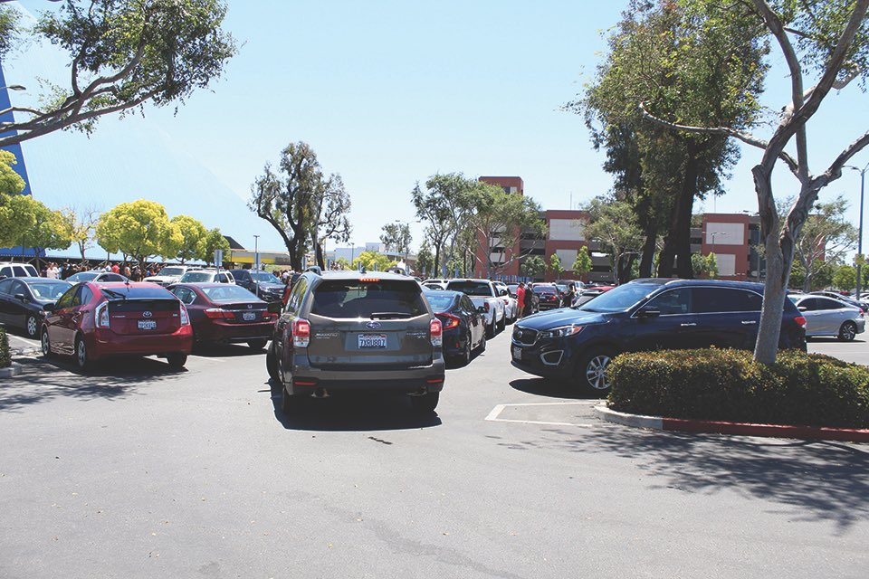 .@LongBeachCity residents are tired of the challenges faced trying to find parking. #news #LongBeach https://t.co/06neKzAXUM https://t.co/pUkpy7g8eI
