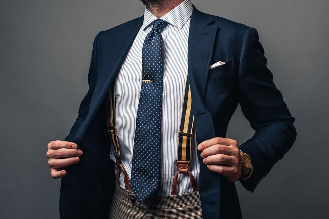 A Guide to Men's Trouser Braces https://t.co/2nsguED95y #Menswear https://t.co/tc5JecizFD