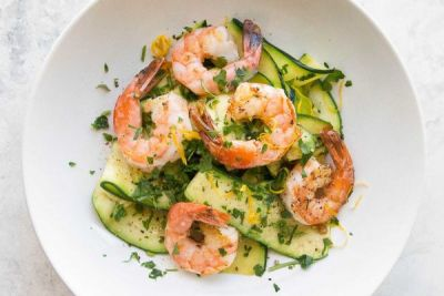 Shrimp with Zucchini Noodles and Lemon-Garlic Butter