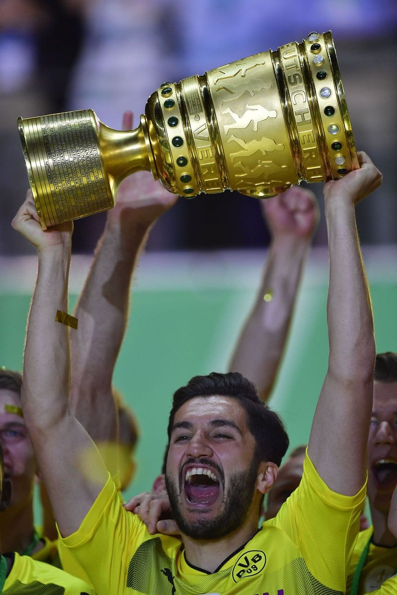 | After losing in the final three years in a row, Borussia #Dortmund finally win the DFB-Pokal. <br>http://pic.twitter.com/720JZlBWLi