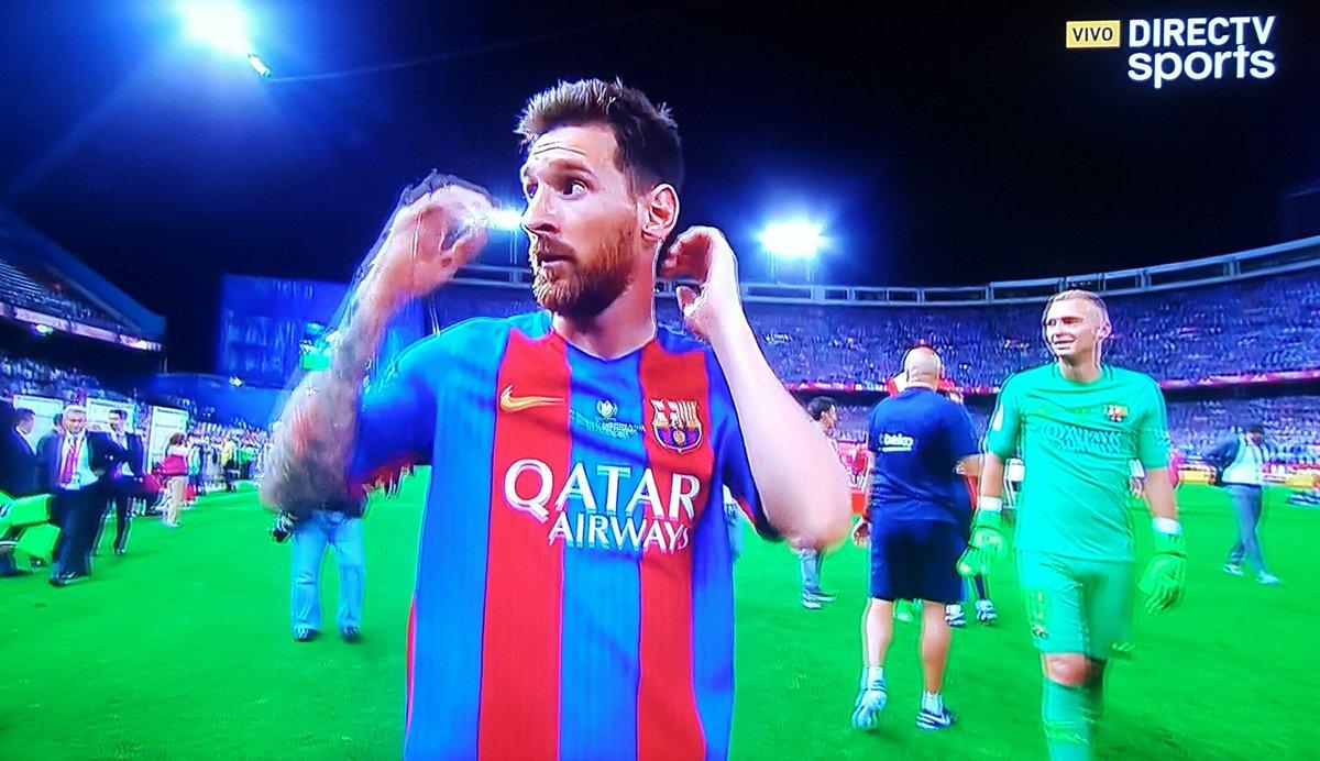 "AIBE Twitter: Leandro Zapponi On Twitter: ""De La Mano #Messi , El Mejor"