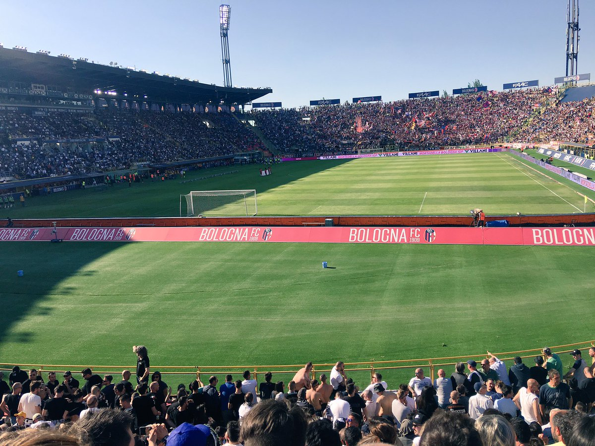 What a great atmosphere today at the Stadio Dall&#39;Ara during the #BolognaJuve match. #SerieA #juventusFC #BOLOGNA<br>http://pic.twitter.com/VPcx5Rybzf