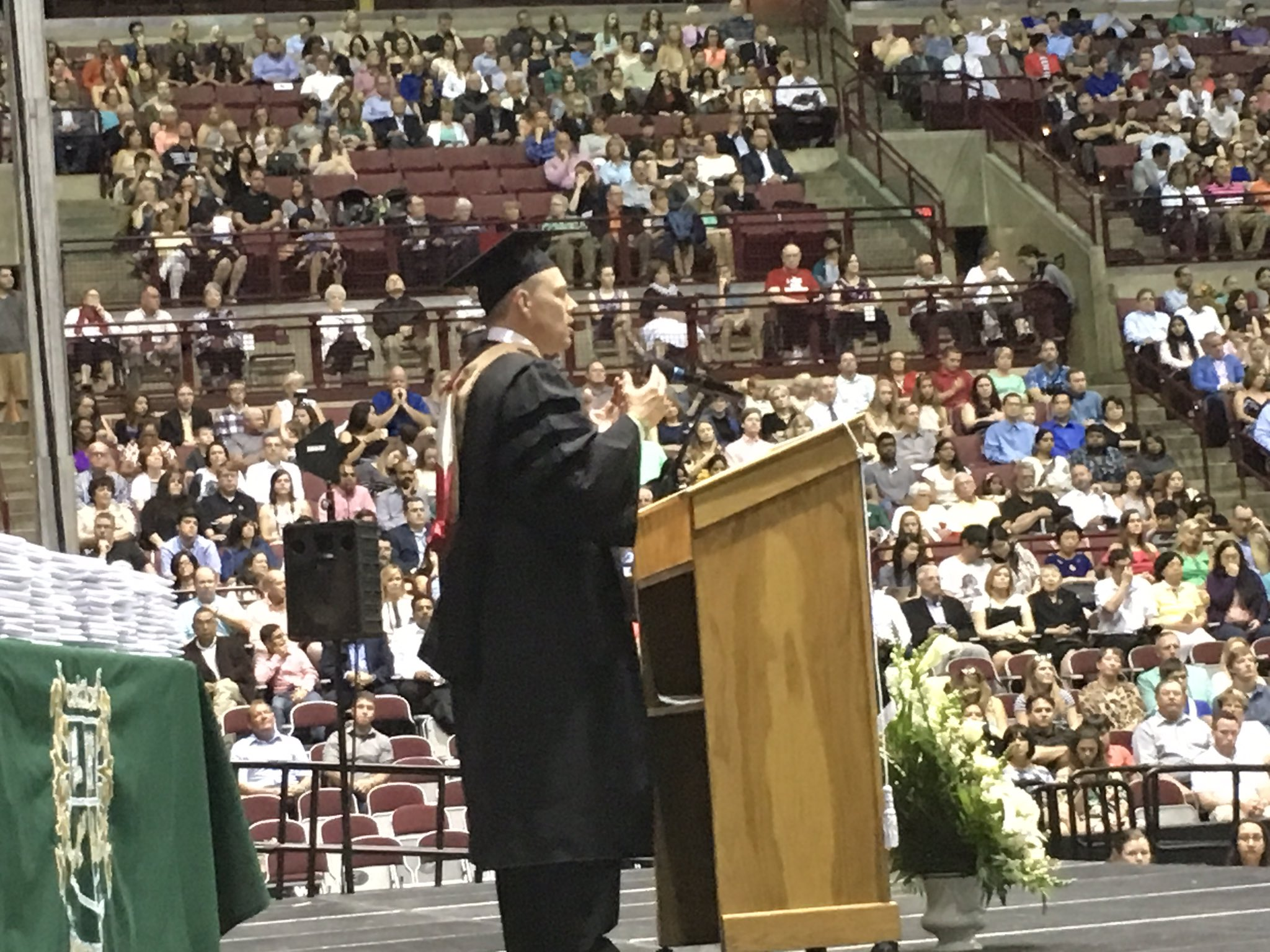 Supt. @toddhoadley thanking the @dublinjeromehs students who will be enlisting in the military after graduation. #DCSgrads17 https://t.co/hepXAWTj76