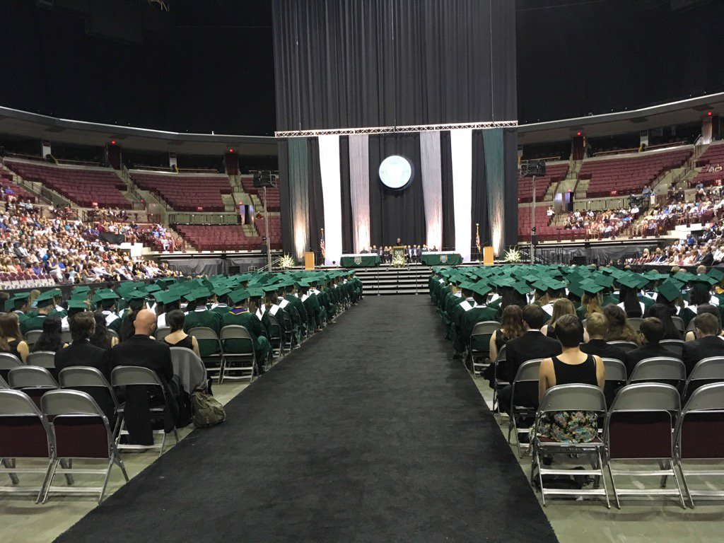 More than 400 students are about to graduate from @dublinjeromehs Congratulations! #DCSgrads17 https://t.co/omzM1VxpQj