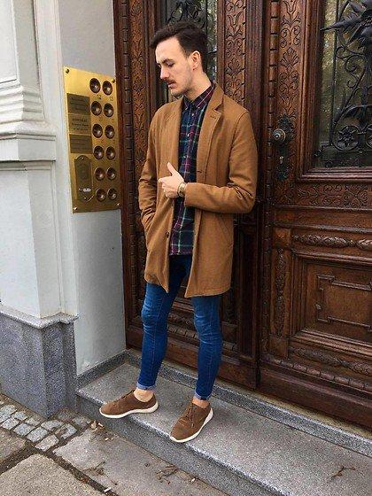 El abrigo no debe sobrepasar las rodillas, de lo contrario te corta la estatura. https://t.co/HdvrLZ9D50
