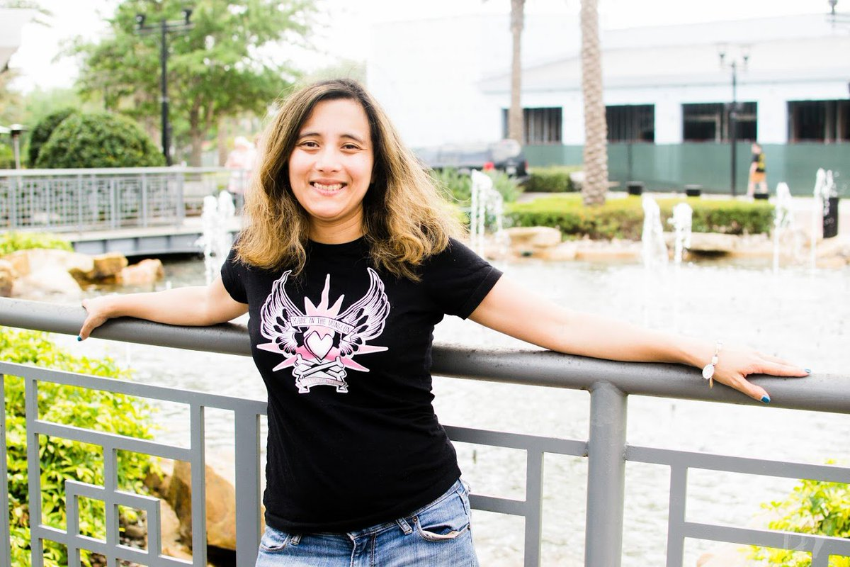 (photo by @dsmy) Happy birthday @NatbyNature - I took this photo in Orlando the day of #WrestleMania! Much love! XO, Bam <br>http://pic.twitter.com/cOFaGwHOHR