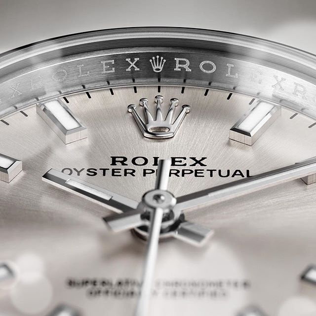 Find out how much your #finewatch #Rolex #timepiece is worth when you sell online with  http:// buff.ly/2r7Duue  &nbsp;  <br>http://pic.twitter.com/nDnC7nUo9T