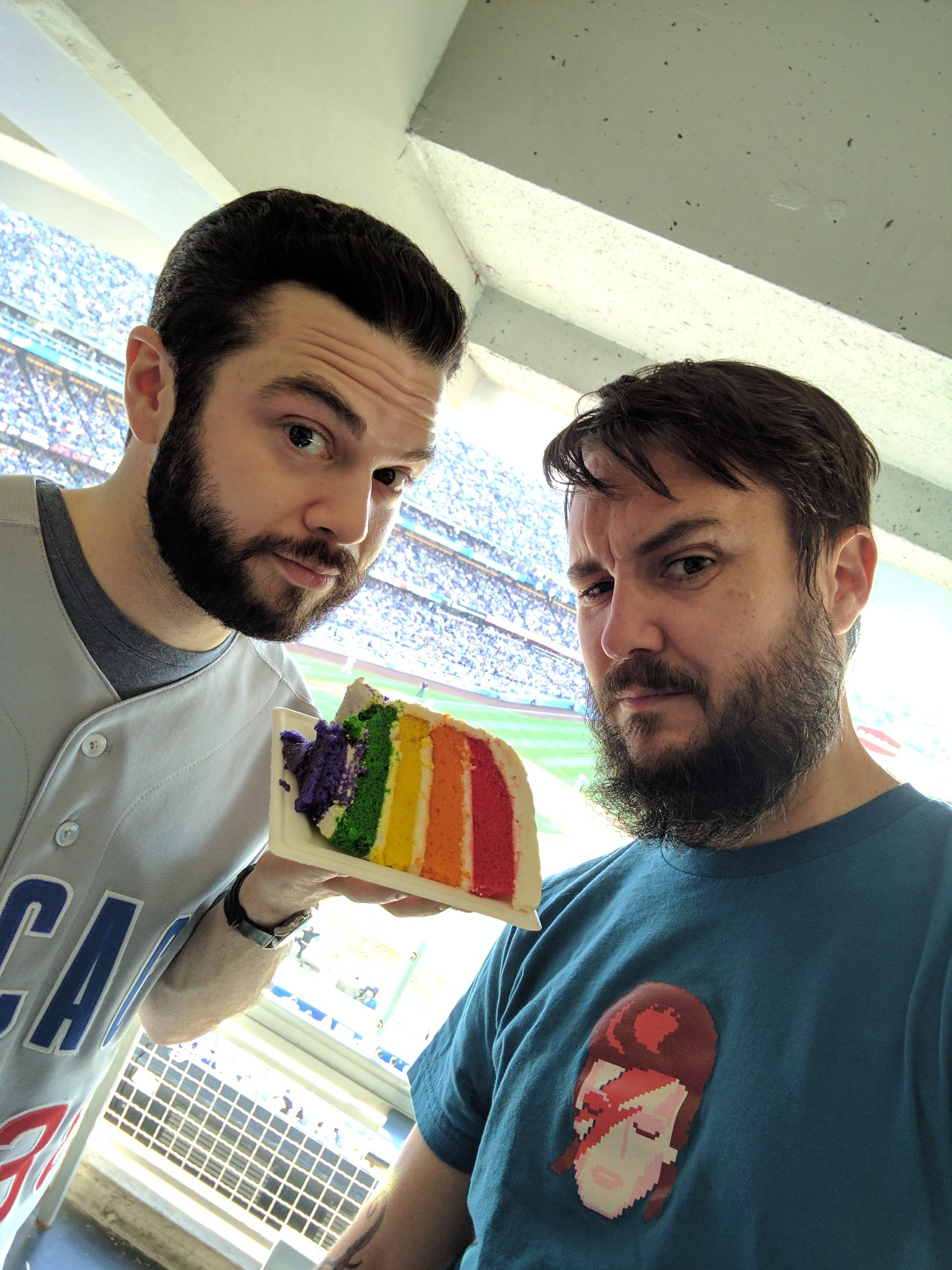In which I celebrate this pride cake with @Cubs fan @SammLevine. (But seriously go @Dodgers) https://t.co/KqiJBNVYa7