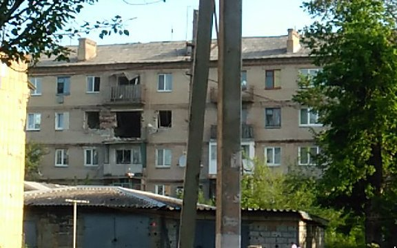 Обстрел жилого сектора Красногоровки: повреждено здание больницы - Цензор.НЕТ 8251