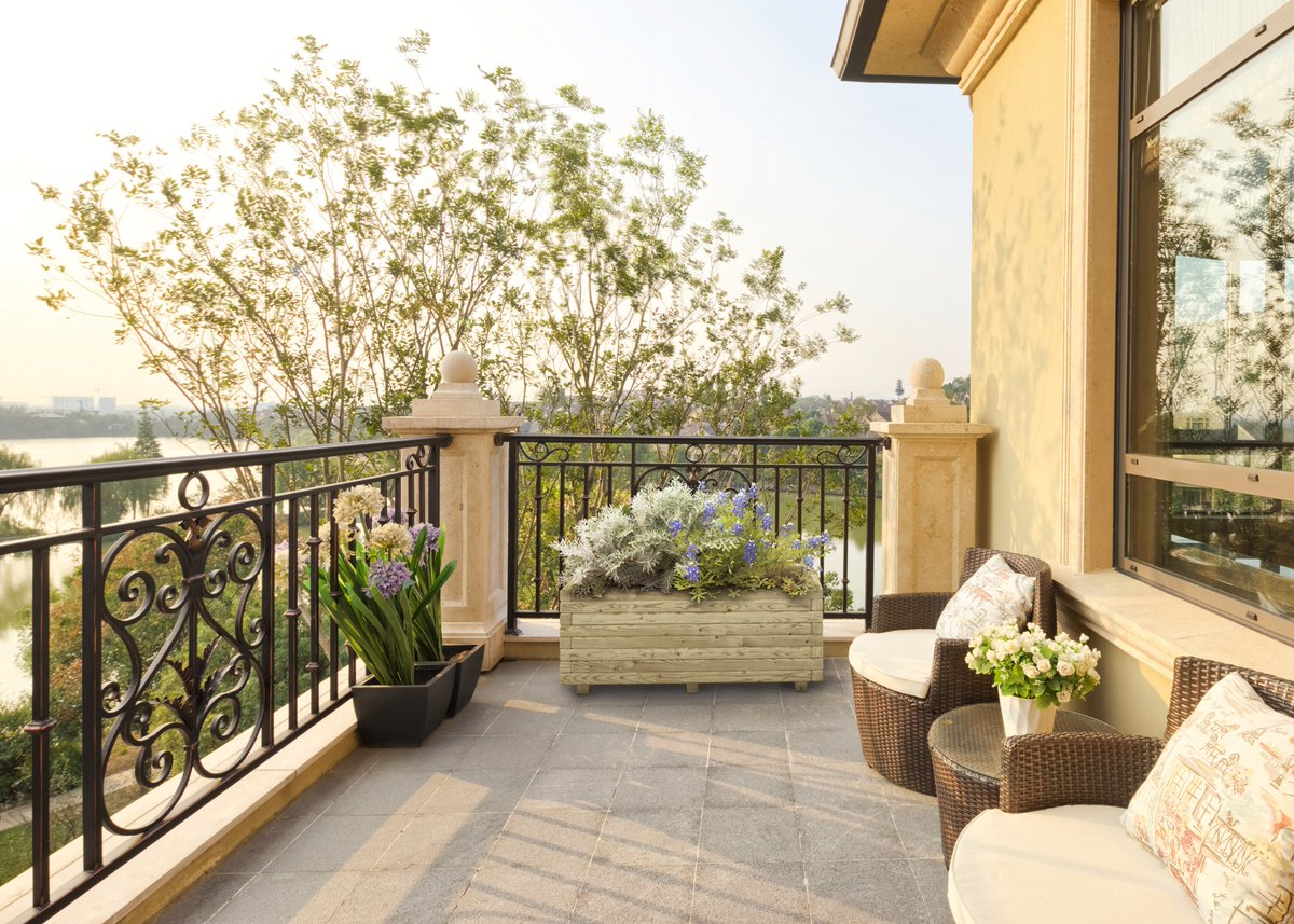 Wooden horizontal planter will bering Garden Living to your outdoor space #planters #outdoor<br>http://pic.twitter.com/hvqXWDkWMR